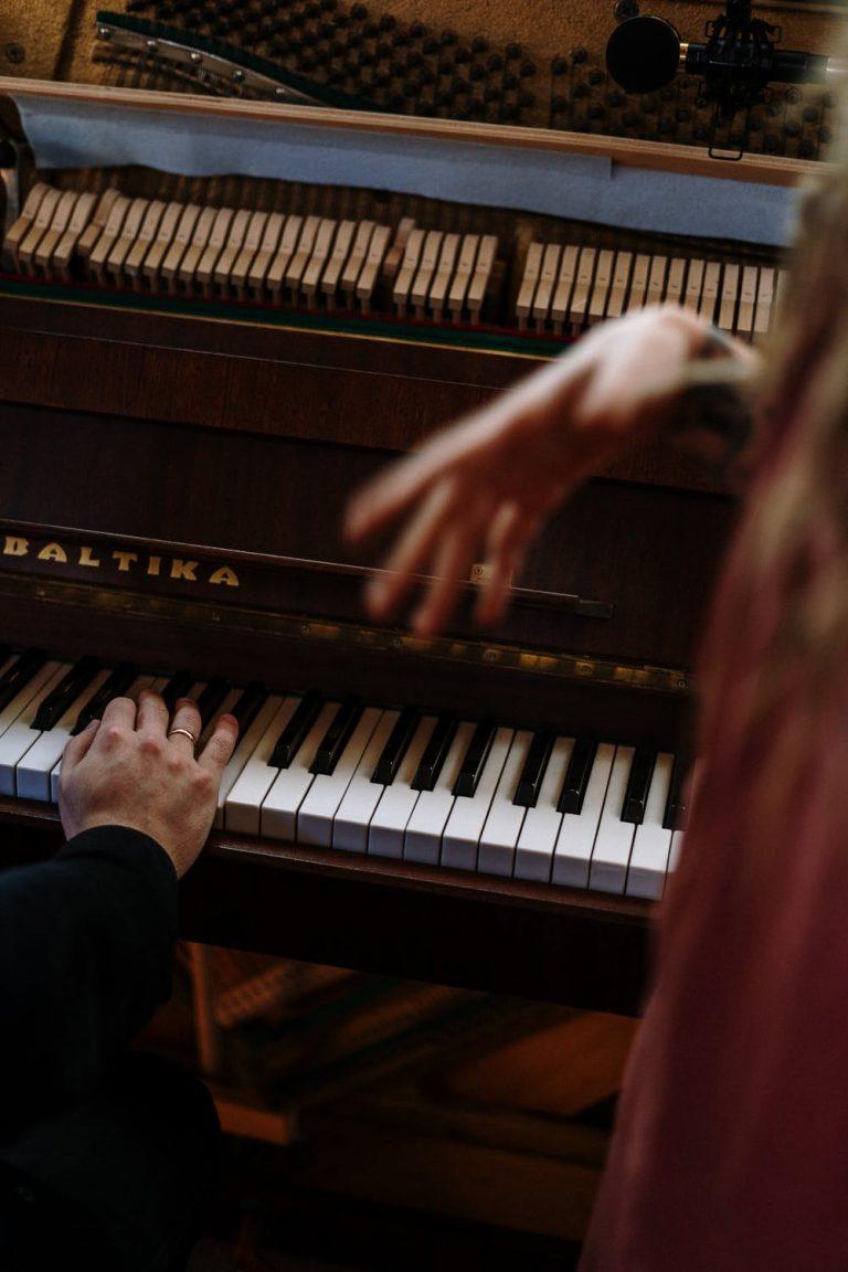 Gesangsunterricht in Lübeck am Klavier